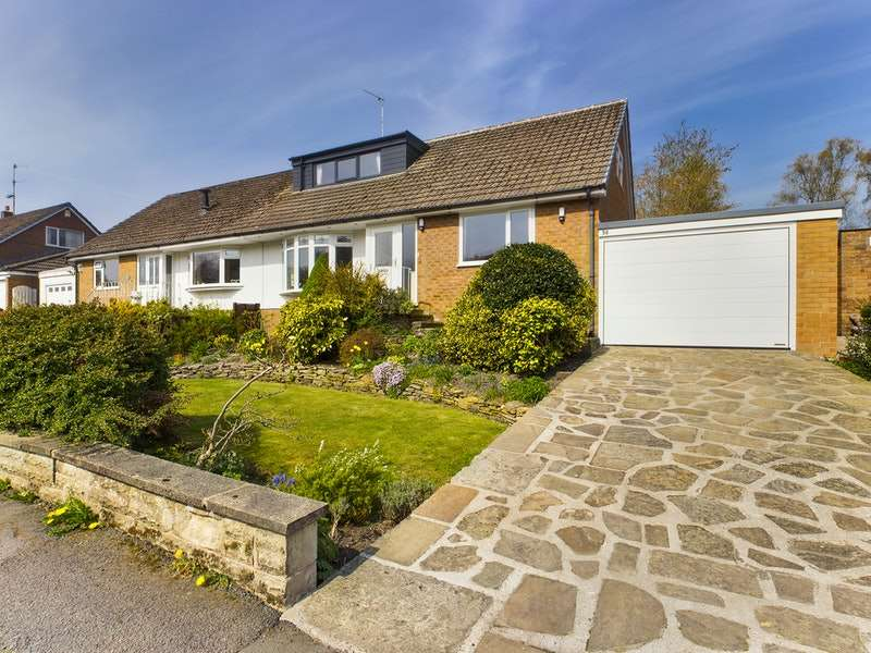 3 Bedrooms Bungalow for sale in Lodge Bank, Chorley, Lancashire, PR6