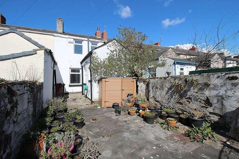 2 Bedrooms Terraced House for sale in Redlam, Blackburn, BB2