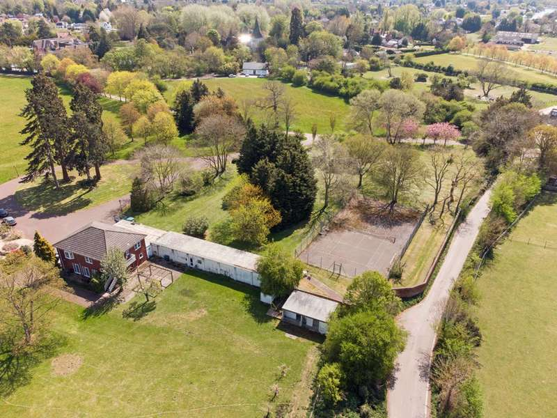 10 Bedrooms Detached House for sale in Church Road, Windsor, SL4
