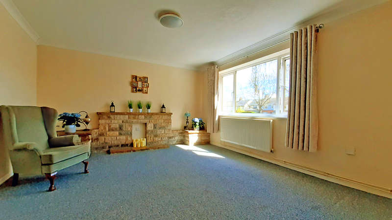 3 Bedrooms Semi Detached House for sale in Cowdray Avenue, Colchester, Essex CO1