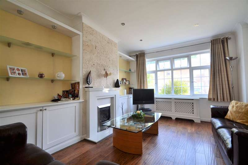4 Bedrooms Semi Detached House for rent in Chaseside Avenue, Wimbledon Chase