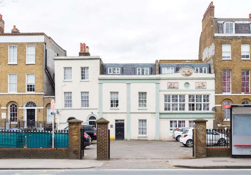 2 Bedrooms Flat for sale in Camberwell Road, Camberwell, London, SE5 0EG