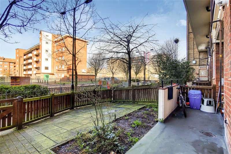 3 Bedrooms Flat for sale in Addey House, Douglas Way, London, SE8