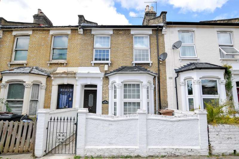 3 Bedrooms Terraced House for sale in Chelmer Road, London