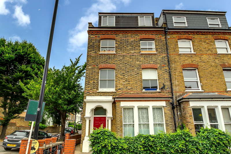 3 Bedrooms Ground Flat for sale in Alexandra Grove N4