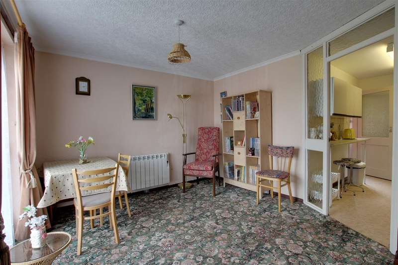 1 Bedroom Property for sale in Robinson Avenue, Alford