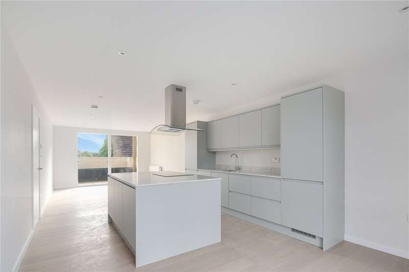 2 Bedrooms Flat for sale in Water Lane, Stratford, London, E15