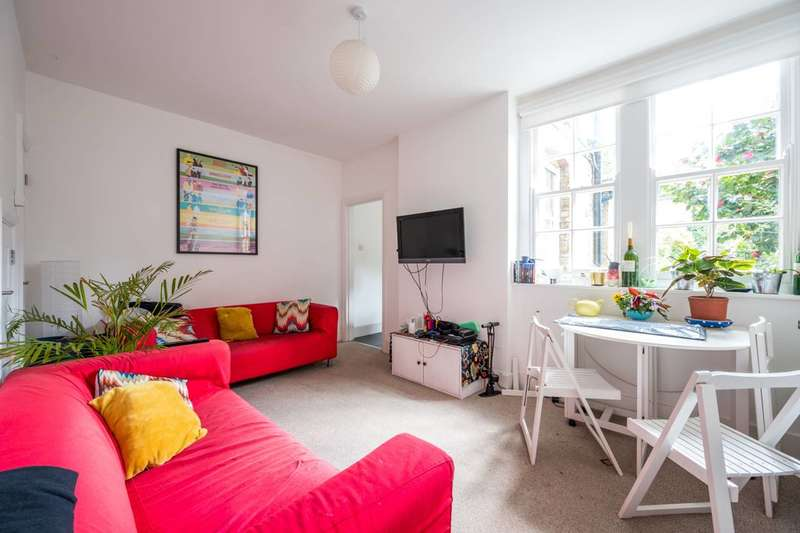 4 Bedrooms Terraced House for rent in Wooler Street, Elephant and Castle, SE17