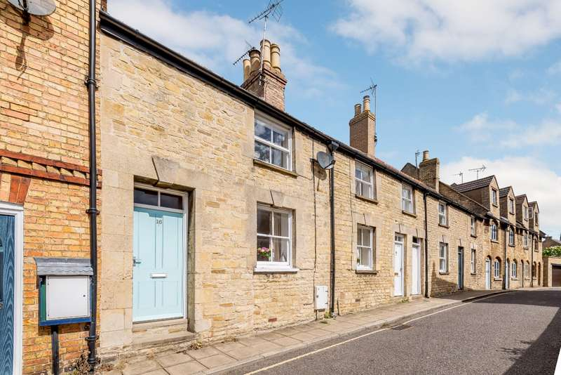 2 Bedrooms Terraced House for sale in Austin Street, Stamford, Lincolnshire