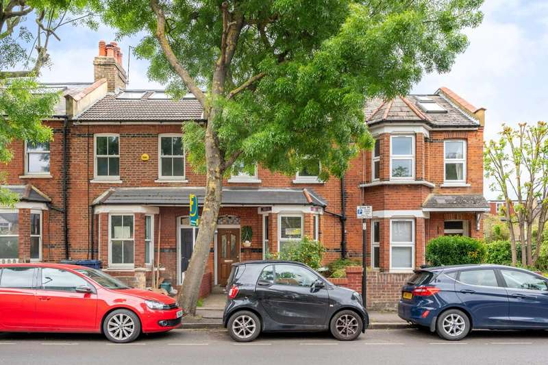 2 Bedrooms Terraced House for sale in Acton Lane, Chiswick, W4
