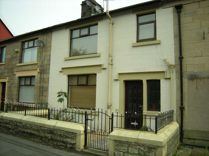 3 Bedrooms Terraced House for sale in Hindle Street, Darwen