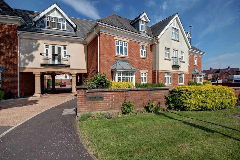 2 Bedrooms Apartment Flat for sale in Langton Court, Fairfield Road, Market Harborough