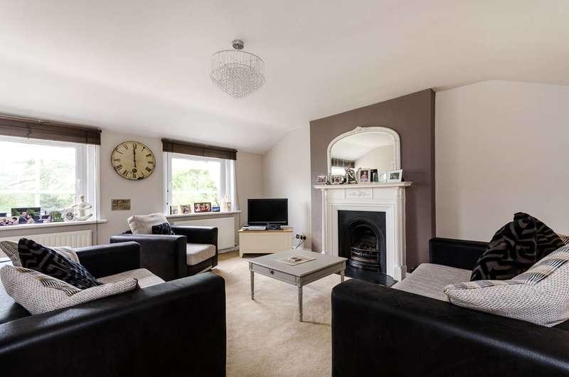 4 Bedrooms Flat for rent in Pond Road, Blackheath, SE3