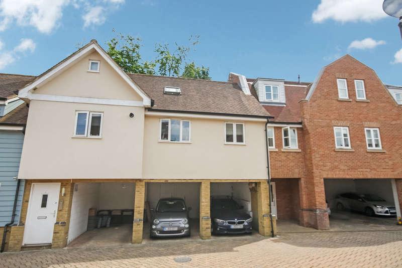 2 Bedrooms Flat for sale in Billericay, Essex