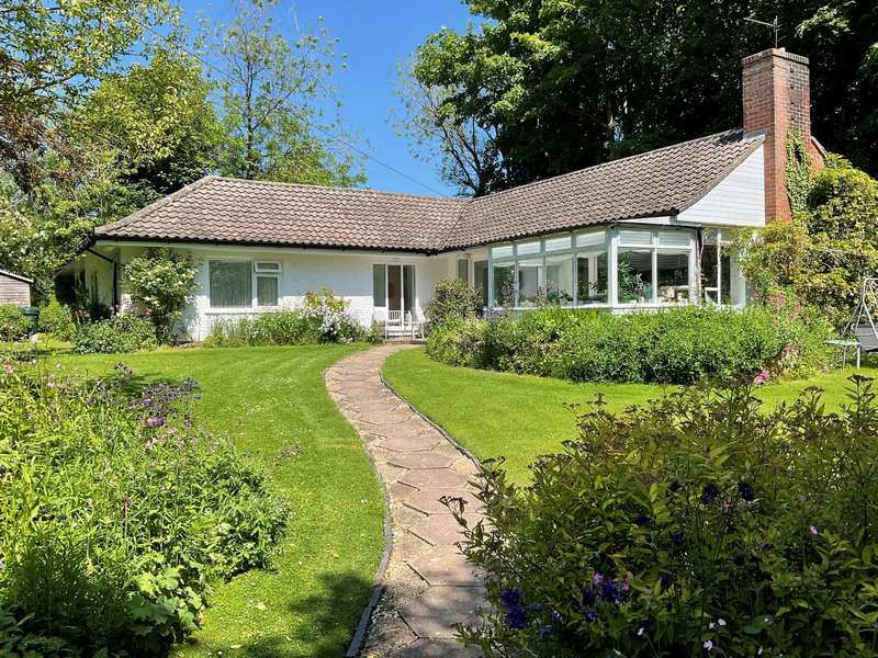 3 Bedrooms Detached House for sale in St. Marys Lane, Louth, LN11 0DT