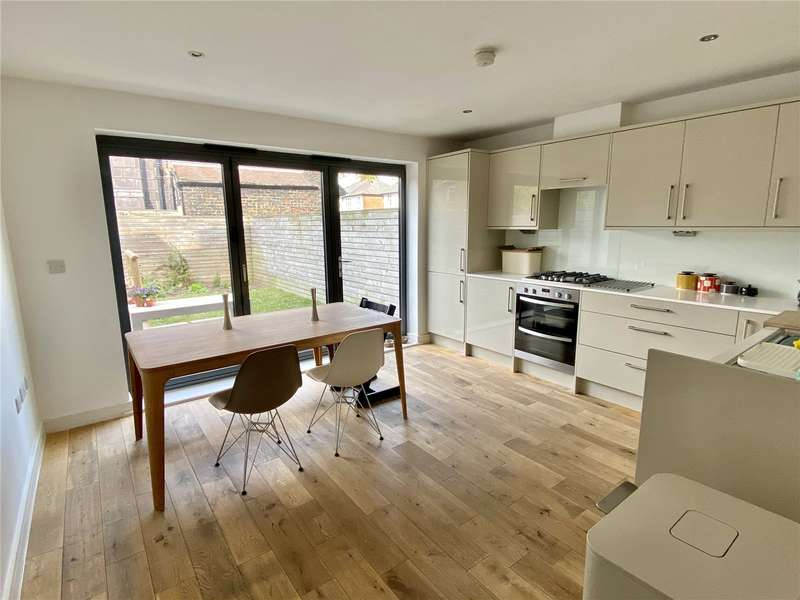 3 Bedrooms Terraced House for sale in School Lane, Didsbury, Manchester, M20
