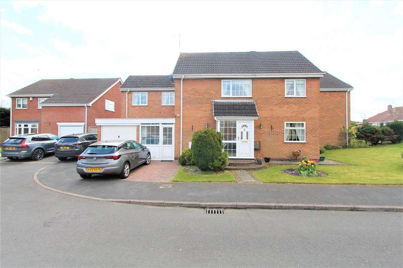 4 Bedrooms Link Detached House for sale in Prince Drive, Oadby, Leicester LE2
