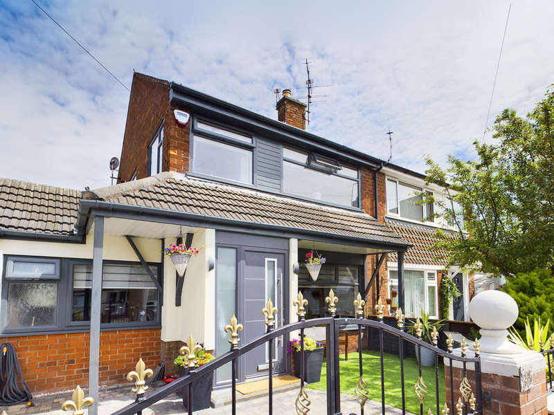 3 Bedrooms Semi Detached House for sale in Elterwater Place, Marton FY3