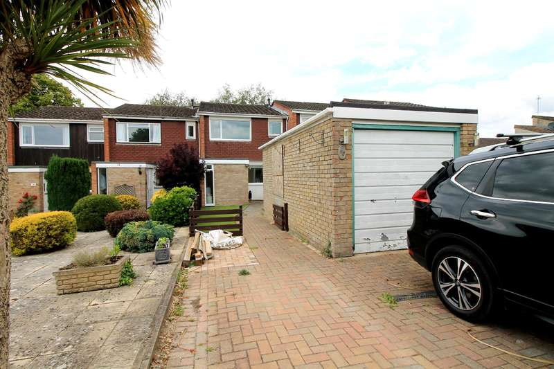 3 Bedrooms Terraced House for sale in Coombe Road, Nailsea, BS48 2HS