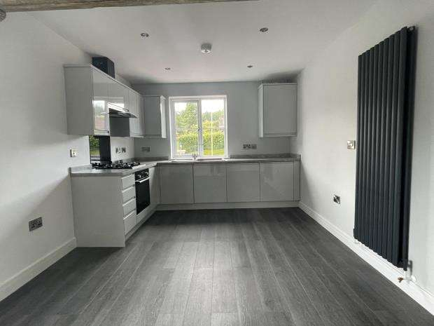 2 Bedrooms Flat for rent in Spring Lane, Swannington, LE67