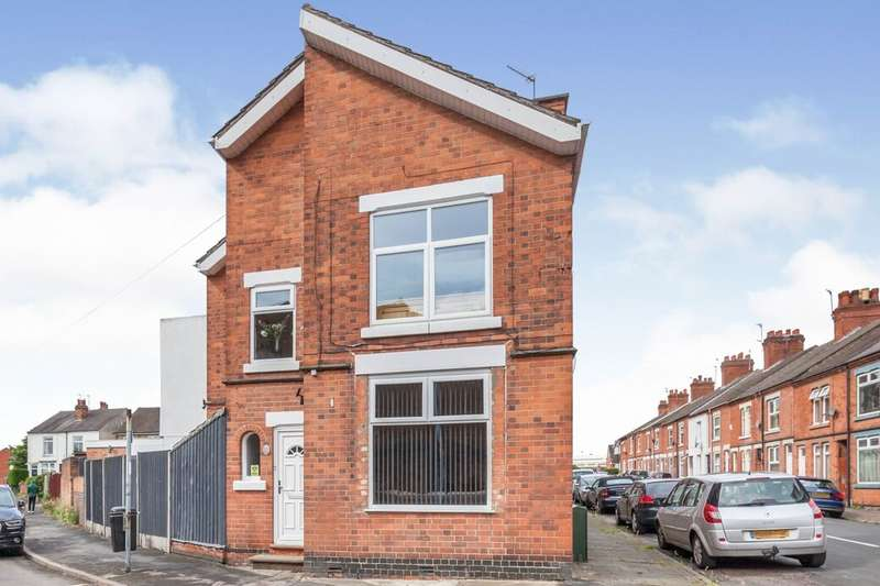 4 Bedrooms Terraced House for sale in Empress Road, Loughborough, LE11