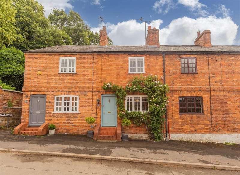2 Bedrooms Property for sale in Eastgate, Hallaton, Market Harborough