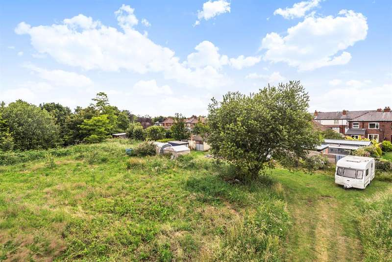 3 Bedrooms Land Commercial for sale in Edale Road, Leigh, WN7 2BE