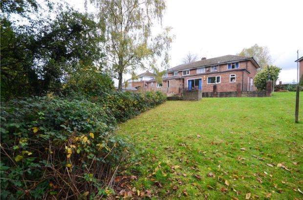 3 Bedrooms Semi Detached House for sale in St. Saviours Road, Reading, Berkshire