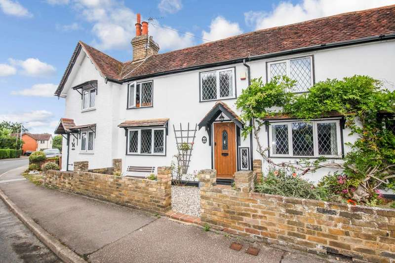 3 Bedrooms Cottage House for sale in Maldon Road , Chelmsford