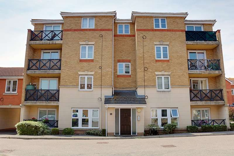 2 Bedrooms Property for sale in Collier Way, Southend On Sea SS1