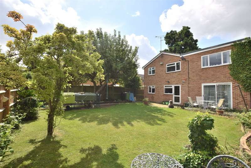 4 Bedrooms Detached House for sale in Hatherley Brake, Cheltenham, GL51