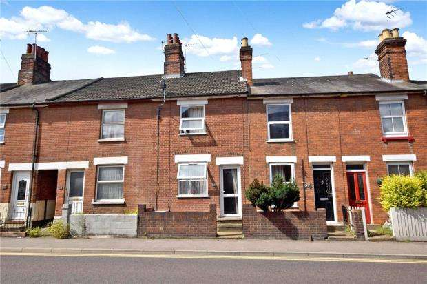 3 Bedrooms Terraced House for sale in Military Road, Colchester, Essex