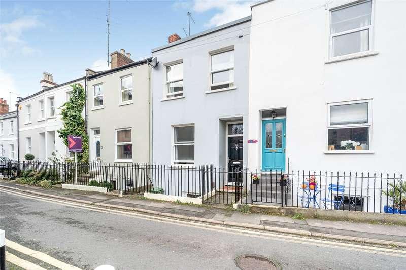 2 Bedrooms Terraced House for sale in St. Lukes Place, Cheltenham, GL53