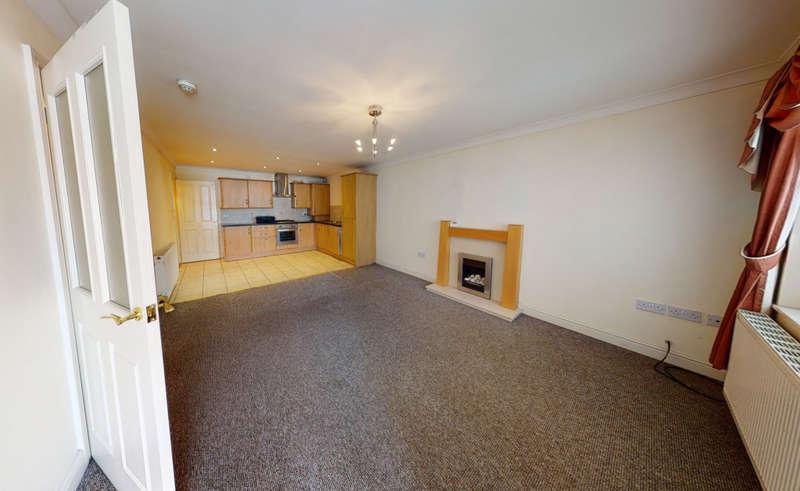 2 Bedrooms Maisonette Flat for rent in Edward Driv Edward Drive, Wigan, WN4