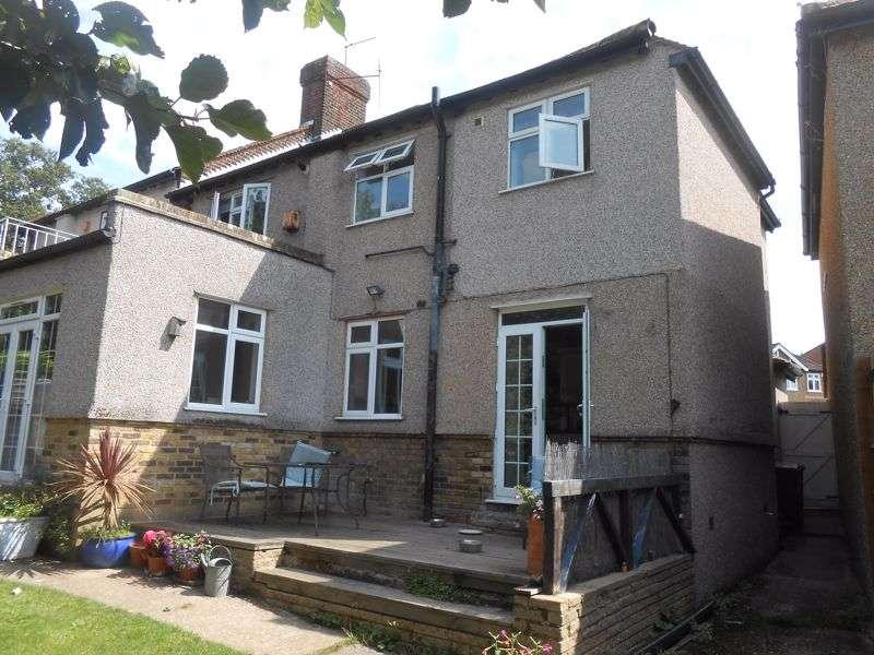 4 Bedrooms Property for sale in Keynsham Avenue, Woodford Green