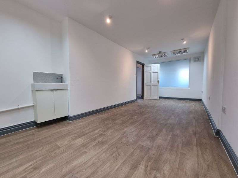 Property for rent in Station Road, Hesketh Bank, Preston