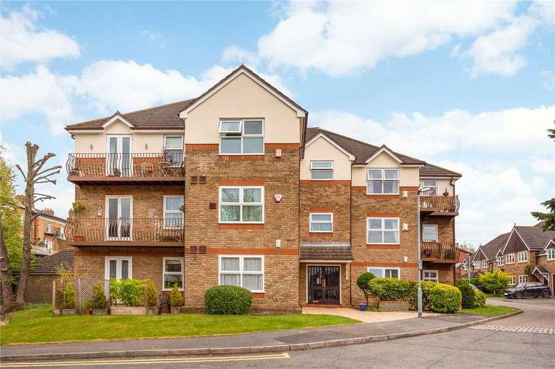 2 Bedrooms Flat for sale in Drummond House, Balmoral Gardens, Windsor, Berkshire, SL4