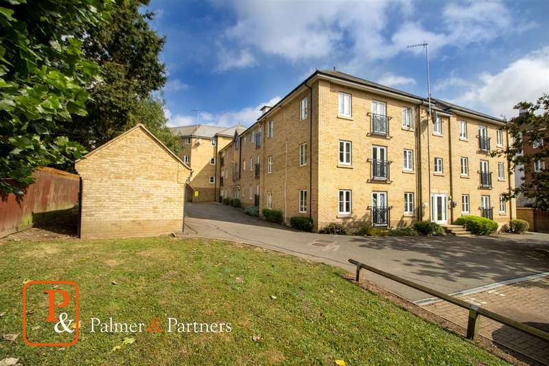 2 Bedrooms Apartment Flat for sale in Bradford Drive, Colchester, CO4