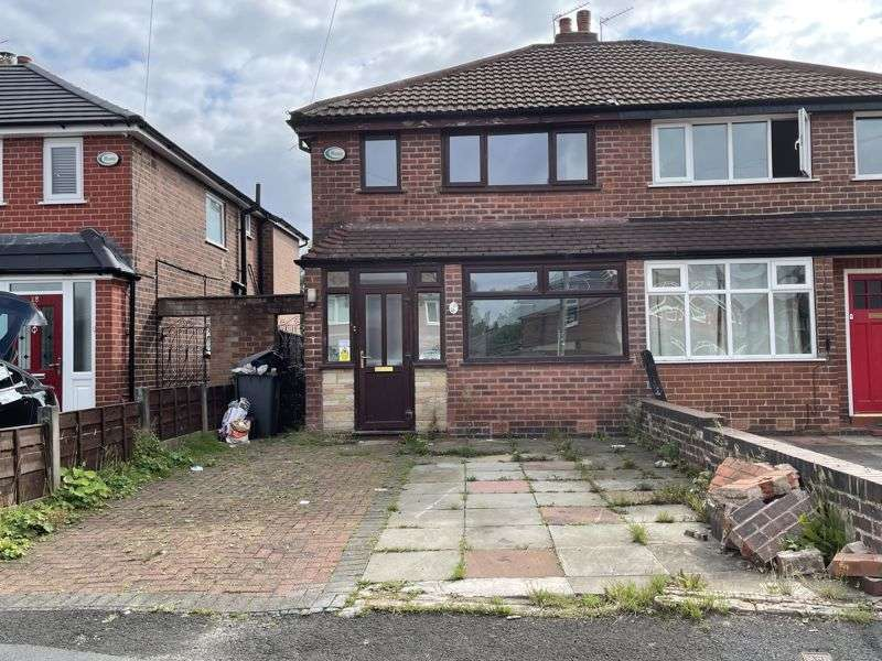 2 Bedrooms Property for rent in Thornhill Road, Droylsden, Manchester, M43