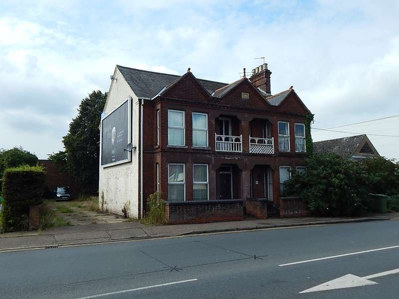 8 Bedrooms Detached House for sale in 23 - 25 Cromer Road, Hellesdon, Norwich, Norfolk