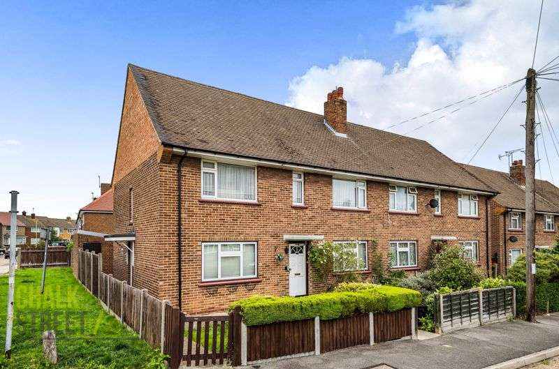 2 Bedrooms Property for sale in Chaucer Road, Romford, RM3