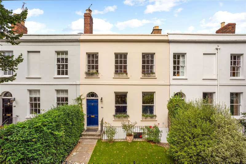 4 Bedrooms Terraced House for sale in Hewlett Road, Cheltenham, GL52