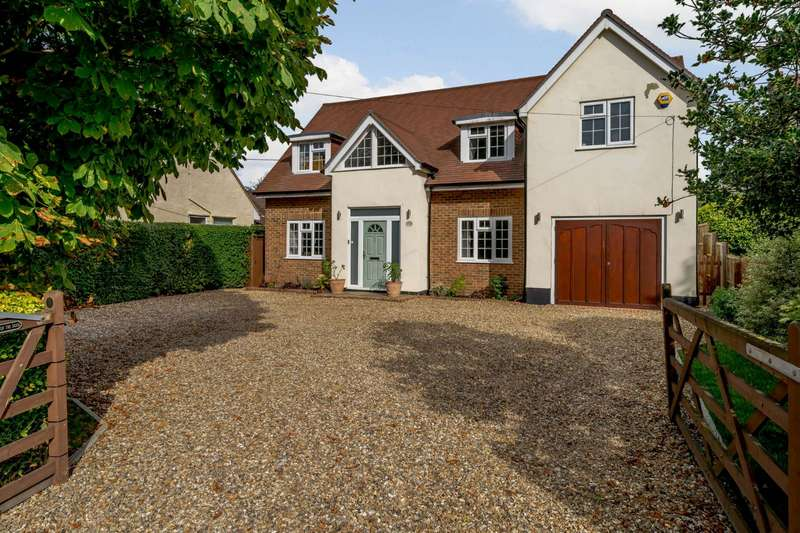 4 Bedrooms Detached House for sale in Chavey Down Road, Winkfield Row, Bracknell, Berkshire