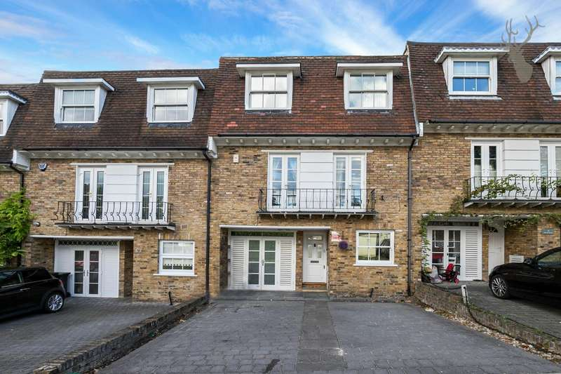 4 Bedrooms Town House for sale in High Elms, Chigwell