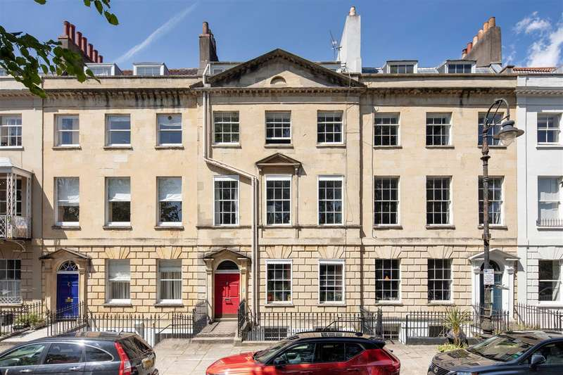 2 Bedrooms Apartment Flat for sale in West Mall, Clifton, Bristol, BS8