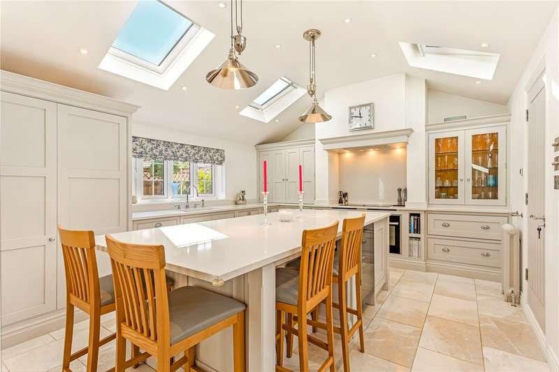 4 Bedrooms Semi Detached House for sale in Lock Lane, Maidenhead, Berkshire, SL6