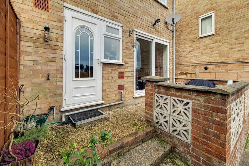 3 Bedrooms End Of Terrace House for sale in Cannon Lane, Maidenhead, SL6