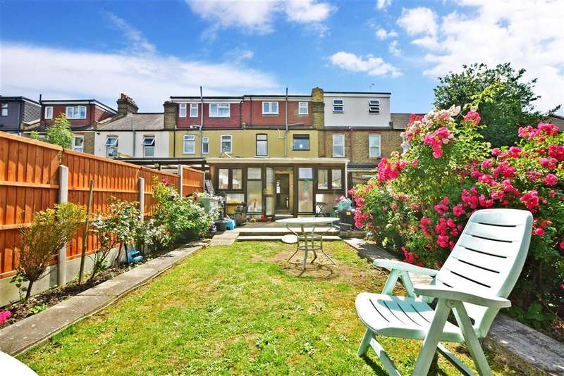 4 Bedrooms Terraced House for sale in Perth Road, , Gants Hill, Ilford, Essex