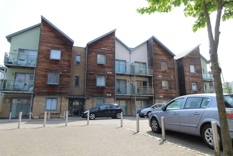 1 Bedroom Property for rent in Marine House, Quayside Drive CO2