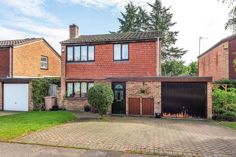 4 Bedrooms Detached House for sale in Purfield Drive, Wargrave, Reading, RG10